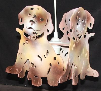 lustre dalmatien pour chambre d 39 enfant. Black Bedroom Furniture Sets. Home Design Ideas