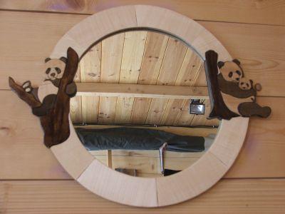 Miroir miroir rond panda pour chambre d 39 enfant for Miroir rond chambre